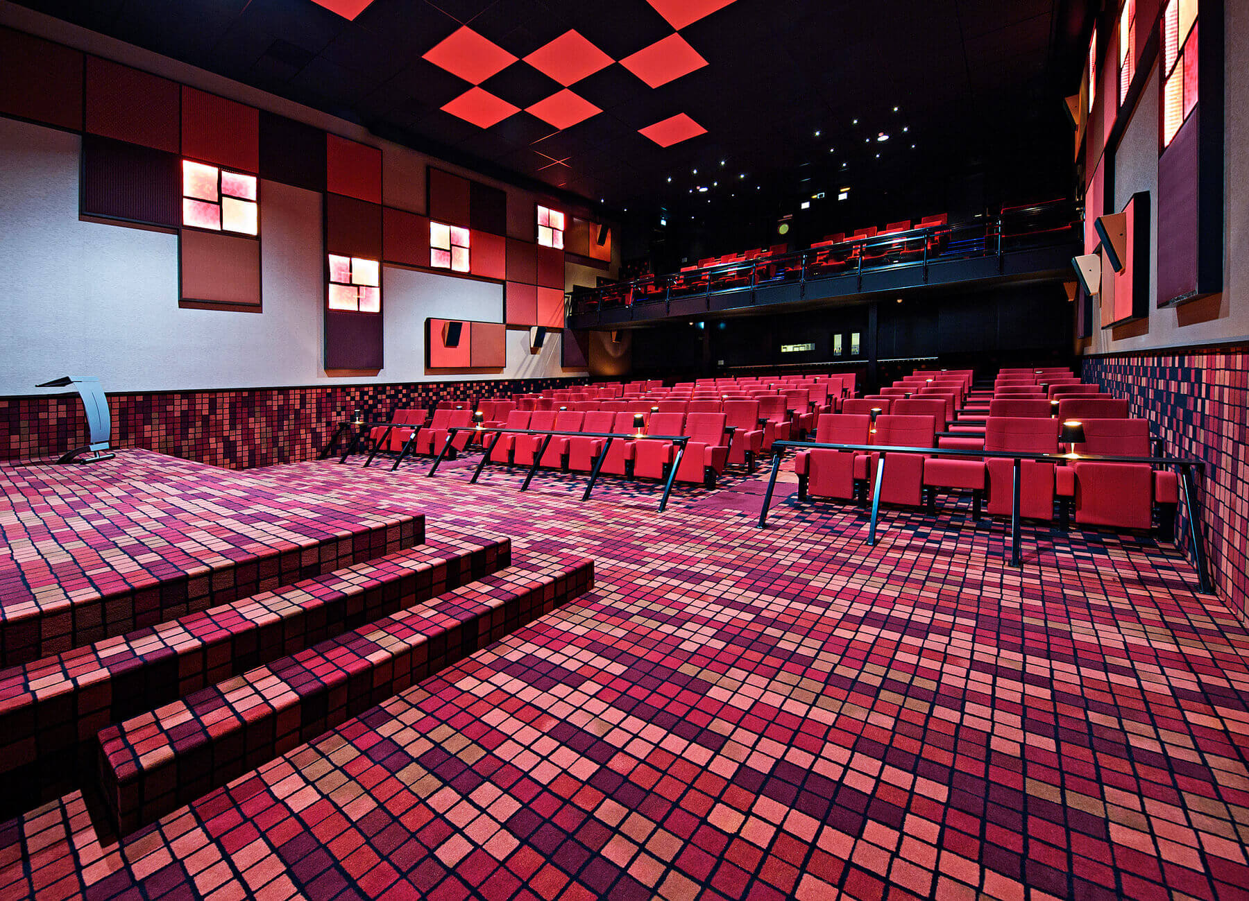 HL SPECIAL MADE-Cinema Houten-Holland