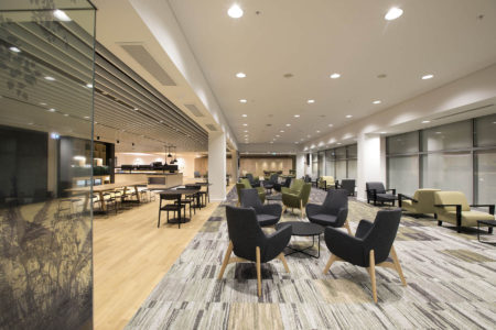 Auckland Airport Strata Lounge